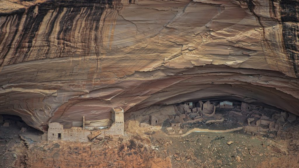 Cliff dwelling, Canyon De Chelly National Monument, Arizona, USA